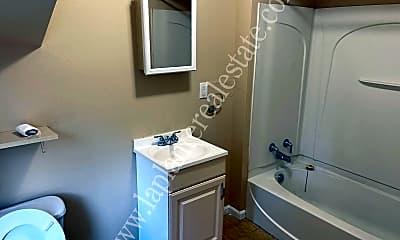 Bathroom, 4105 Walker Ave, 2