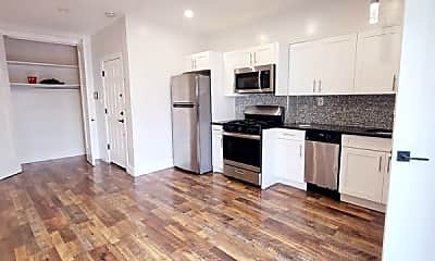 Living Room, 219 Summit Ave, 1