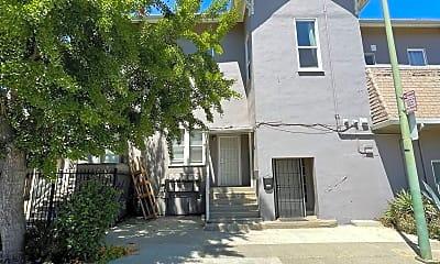 Building, 1127 Chestnut St, 0
