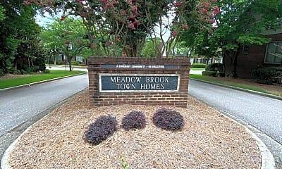 Community Signage, 467 Meadow Croft Dr, 1