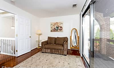 Living Room, 5241 King Charles Way, 1