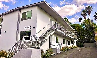Building, 5732 Aldama St, 0