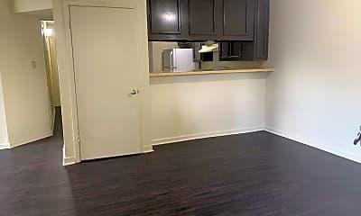 Kitchen, 2039 Jasper Ave, 0