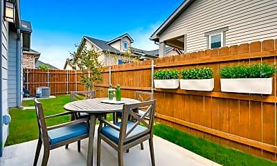 Fenced Backyard!, 1000 E Harmon Rd # 911, 1