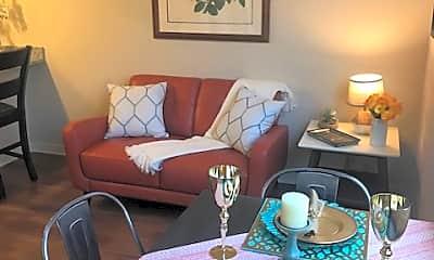 Dining Room, 16 Penn Apartments, 2