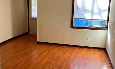 Living Room, 310 S Main St 2, 0