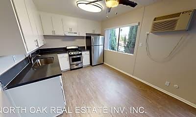 Kitchen, 6822 Milwood Ave, 1