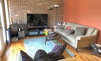 Living Room, 1015 W Huron St, 0