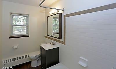 Bathroom, 3424 Colfax Ave S, 2