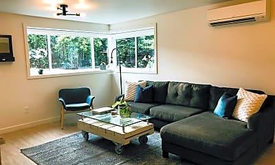 Living Room, 514 NE 85th St, 0