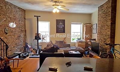 Living Room, 60 Salem St, 1
