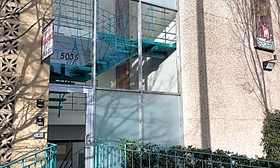 Building, 5035 15th Ave NE, 1