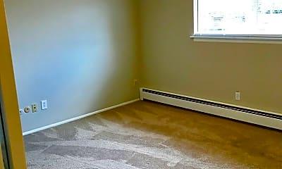 Bedroom, 266 w 14 Mile, 2