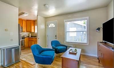 Living Room, 468 Arleta Ave, 2