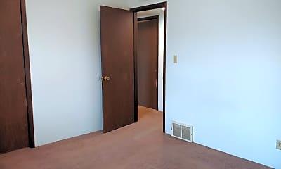 Bedroom, 616 Boxwood Dr, 2
