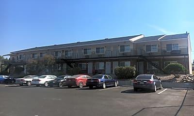 Eastlake Villa, 1