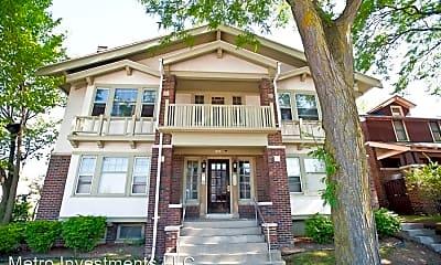 Building, 1802 E Linnwood Ave, 0