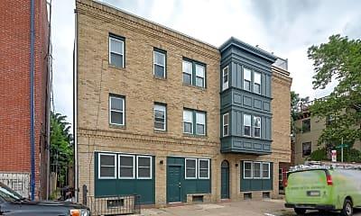 Building, 2061 Kater St B, 2