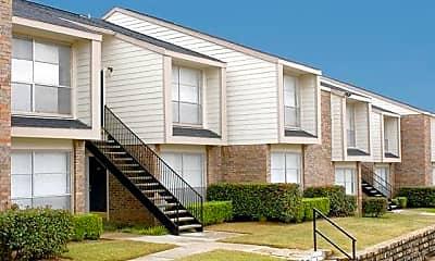 Building, 2121 Madison Dr, 1