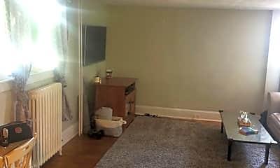 Living Room, 1315 Burke Rd 7, 1