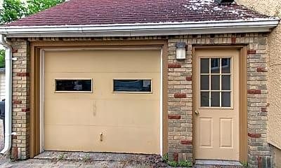 Building, 720 10th Ave SE, 2