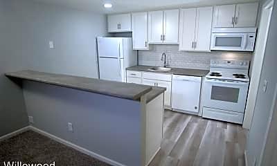 Kitchen, 201 E Edgewood Blvd, 1