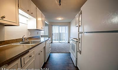 Kitchen, 618 75th St SE, 1