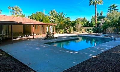 Pool, 73483 Salt Cedar St, 0