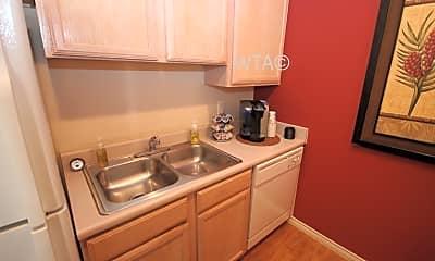 Kitchen, 6039 Whitby Rd, 1