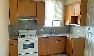 Kitchen, 1422 Powell St, 1