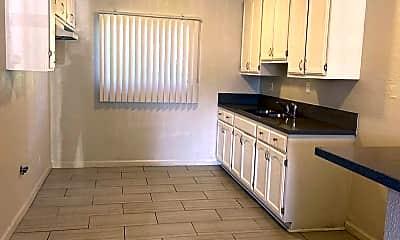 Kitchen, 918 W 66th St, 0