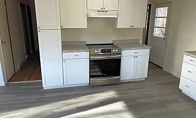 Kitchen, 103 Westerly Pkwy, 1