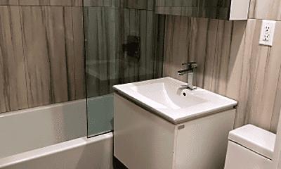 Bathroom, 951 Putnam Ave, 0