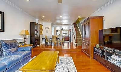 Living Room, 1029 S 18th St, 1