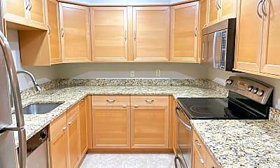 Kitchen, 7651 Tremayne Pl 112, 1