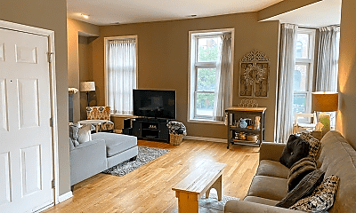 Living Room, 1756 W Division St, 1