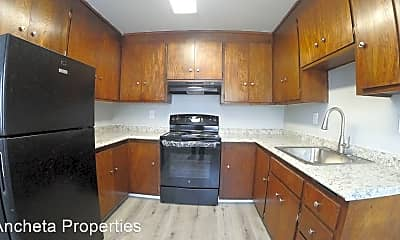 Kitchen, 1423 165th Ave, 1