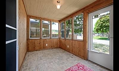 Patio / Deck, 4507 Pleasant St. SE, 1