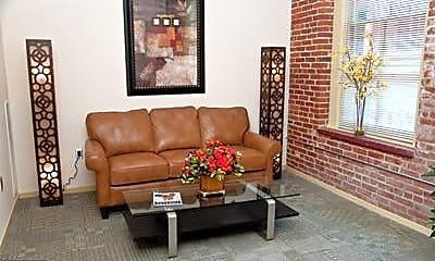 Living Room, 28 N George St K, 1