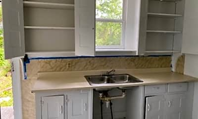 Kitchen, 118 E Kelso Rd, 1