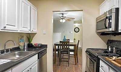 Kitchen, PineGate, 0