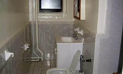 Bathroom, 115 Montague St, 2