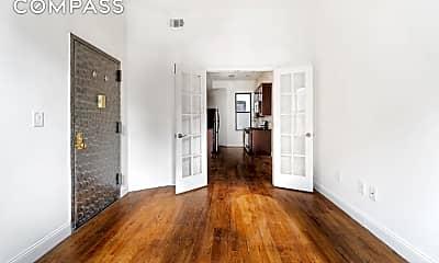Living Room, 89 Kingston Ave 1-R, 0