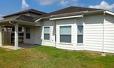 Building, 4719 Brazos Point Lane, 2