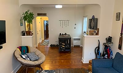 Living Room, 1038 Park Ave 2, 1