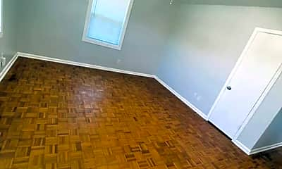 Living Room, 812 S 14th St, 1