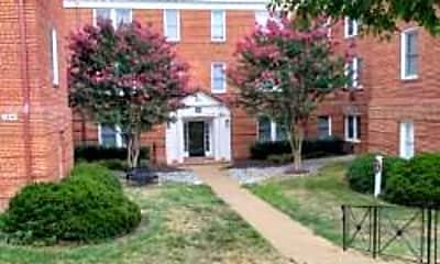 Building, 922 S Washington St 204, 1