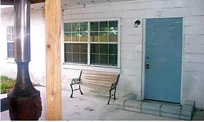 Patio / Deck, 27 Kelly Ave NE B, 1