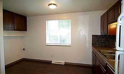 Bedroom, 4330 Oak St, 1