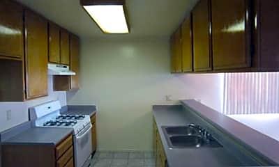 7249 Baird Avenue Apartments, 2